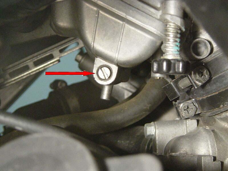 Avec quoi nettoyer carburateur moto